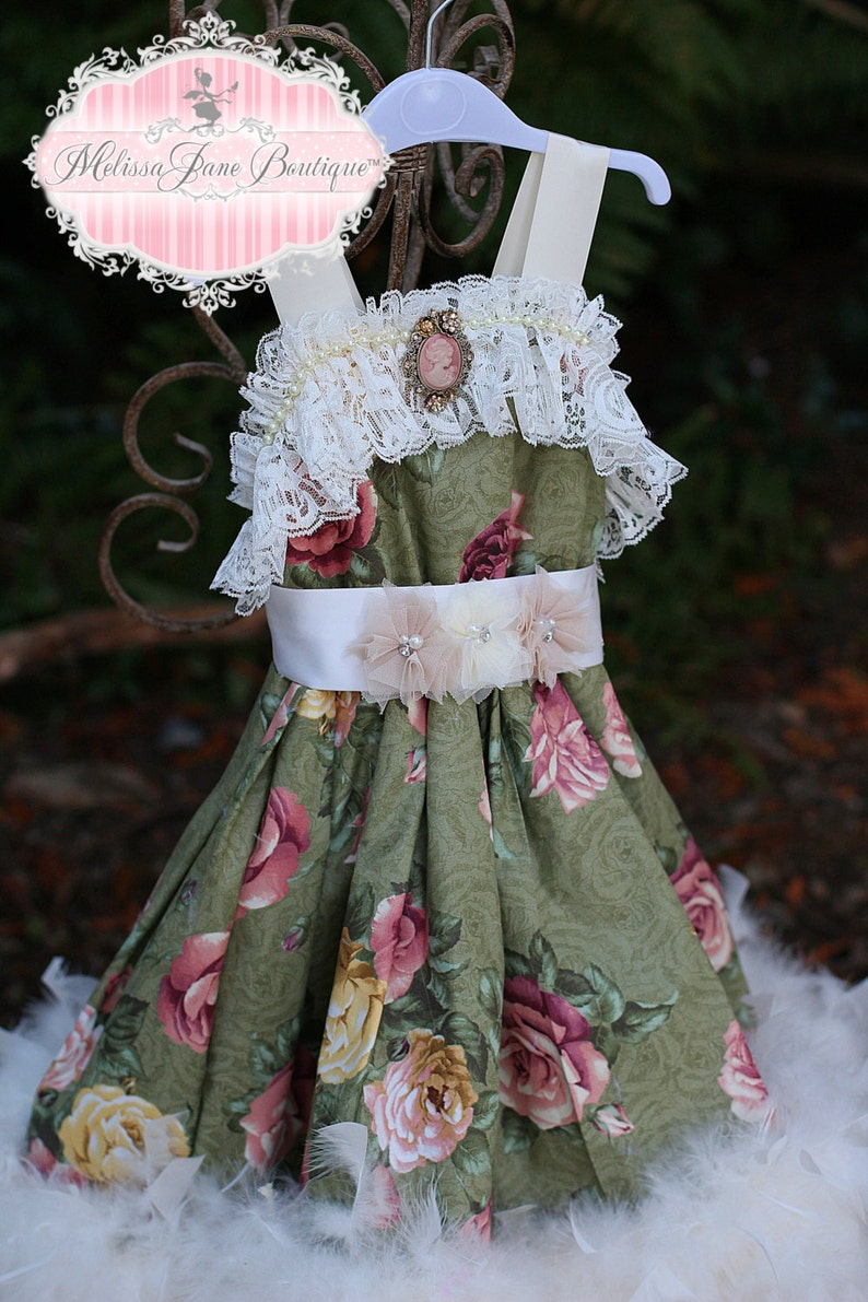 Vintage Retro Classic Gone with the Wind Feather Dress