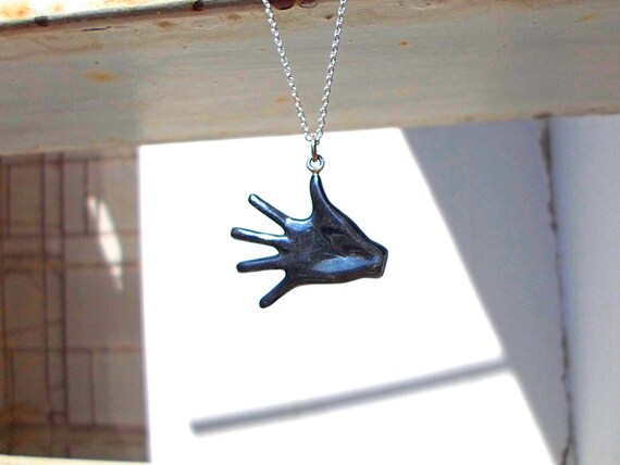 Mano negra black silver hand palm necklace hand jewelry oxidized solid sterling silver unisex teen jewelry