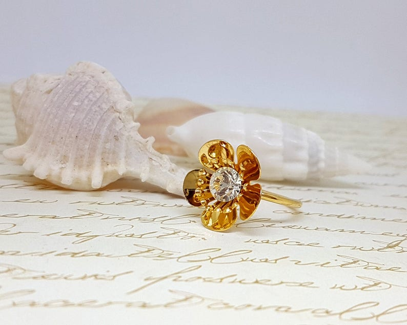 Natural Floral Ring Gold Flower Ring Unique Flower Ring Organic Ring Cocktail Ring Gold Rhinestones Ring Gold Nature Rings Gold Ring
