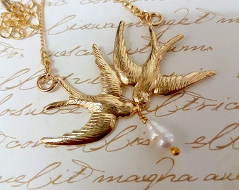 Gold Swallow Necklace, Women's Gift, Birds Necklace, Flying Swallow Necklace, Pearl Necklace, Wedding Gold Jewelry, Bridesmaid Gifts, Boho