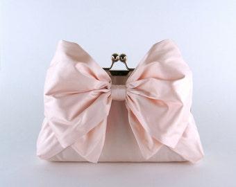 Bridesmaid Clutch, Silk Bow Clutch in Soft Pink, wedding clutch, wedding bag, Bridal clutch, Luxury Bridesmaid Gift