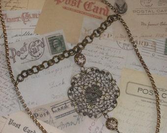 Queen Victoria Necklace