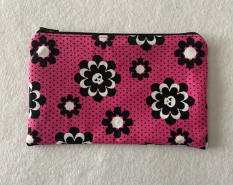 Pink and Black Skull Zipper Pouch