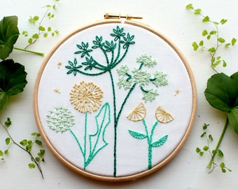 Spring Wild flower Embroidery Stitch sampler. Beginner embroidery kit. Home decor.DIY craft kit.Botanical art. Embroidery pattern.Tutorial