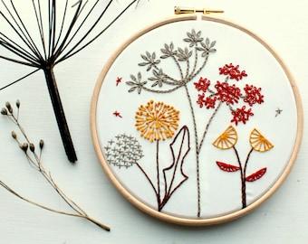 Wild flowers Embroidery kit.Botanical hoop art.Beginner embroidery kit.Autumn Fall Embroidery pattern.Adult Craft kit. Gift. Floral pattern
