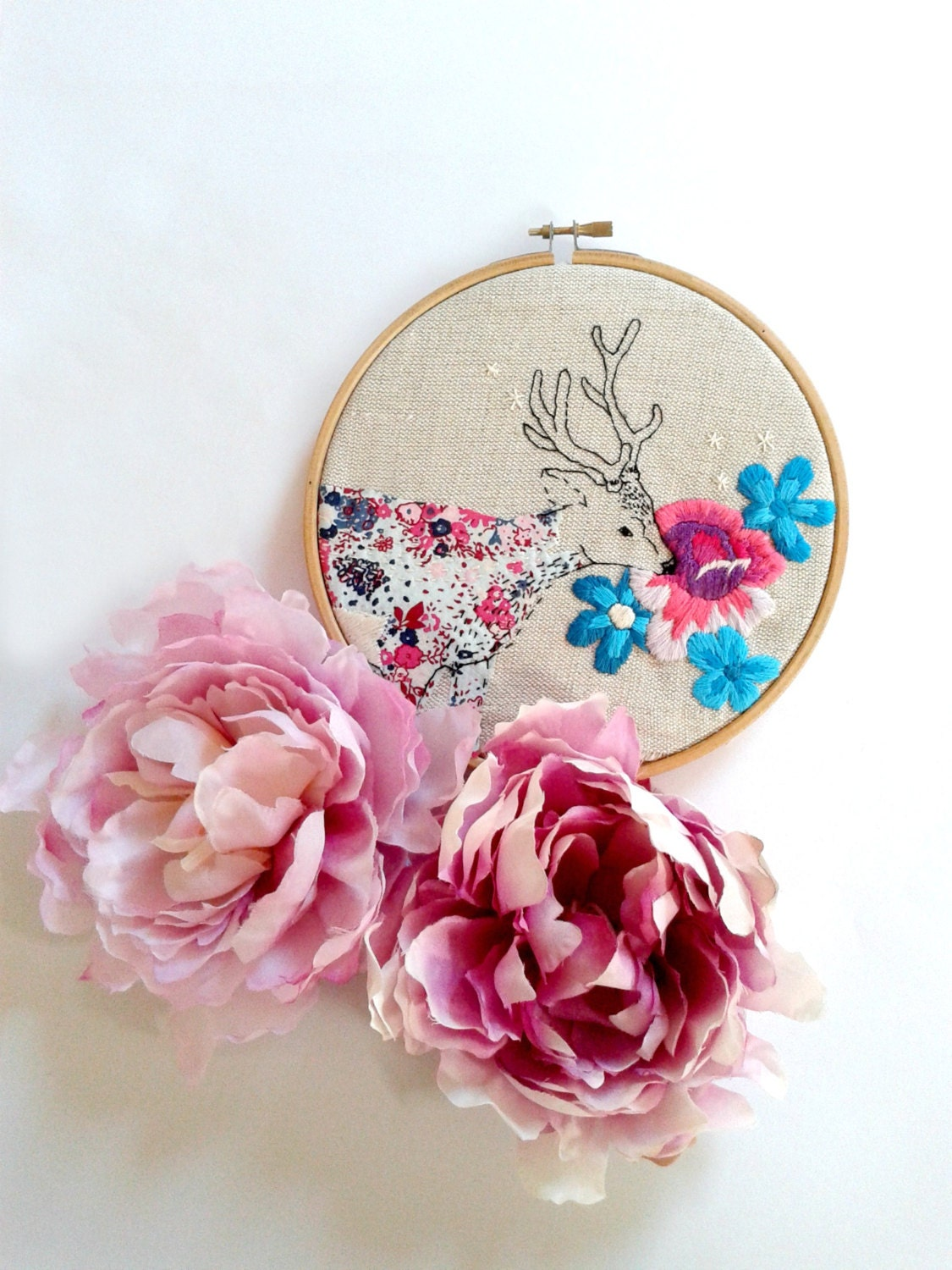 Floral Deer. Hand Embroidery Pattern Pdf. Stag and flowers