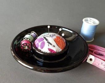 Sew Essentials Sewing Dish Pincushion Needle Bobbin Notions Holder Black