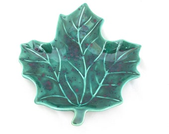 Green Leaf Speckled Ceramic Dish - Soap Dish - Spoon Rest - Jewelry Holder