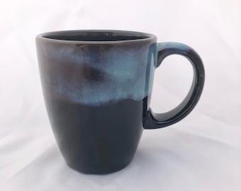 Black Coffee Mug with Patina Rim - Pottery Mug - 18 ounces