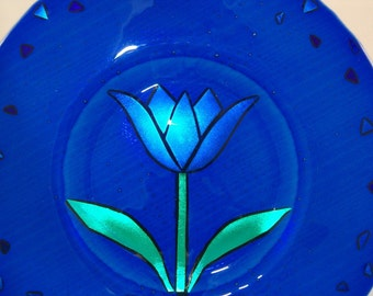 Dichroic Glass Plate - Cobalt Blue Plate with Dichroic Glass Tulip - Decorative Glass Plate - Home Decor - Blue and Green Flower - Art Glass