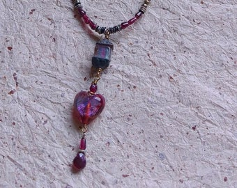 LITTLE RED HEART flamework pendant with garnet strand