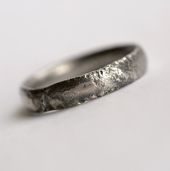 Mens oxidized wedding band Rustic wedding band Men/'s Jewelry Silver diamond band
