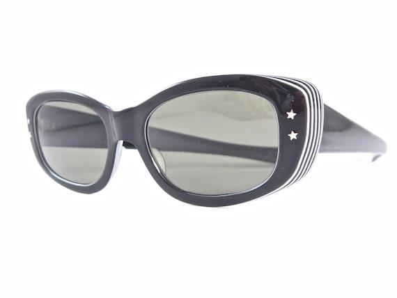 Black white cateye cat eye sunglasses vintage Op A