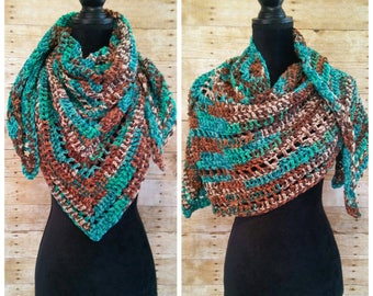Triangle Scarf, Shawl Wrap, Neck Scarf, Oversized Scarf, Warm Scarf, Cozy Wrap, Neck Wrap, Blanket Scarf, Bandana Scarf