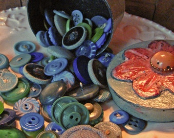 Blues and Greens - Vintage  Button Assortment in Handmade Trinket Box