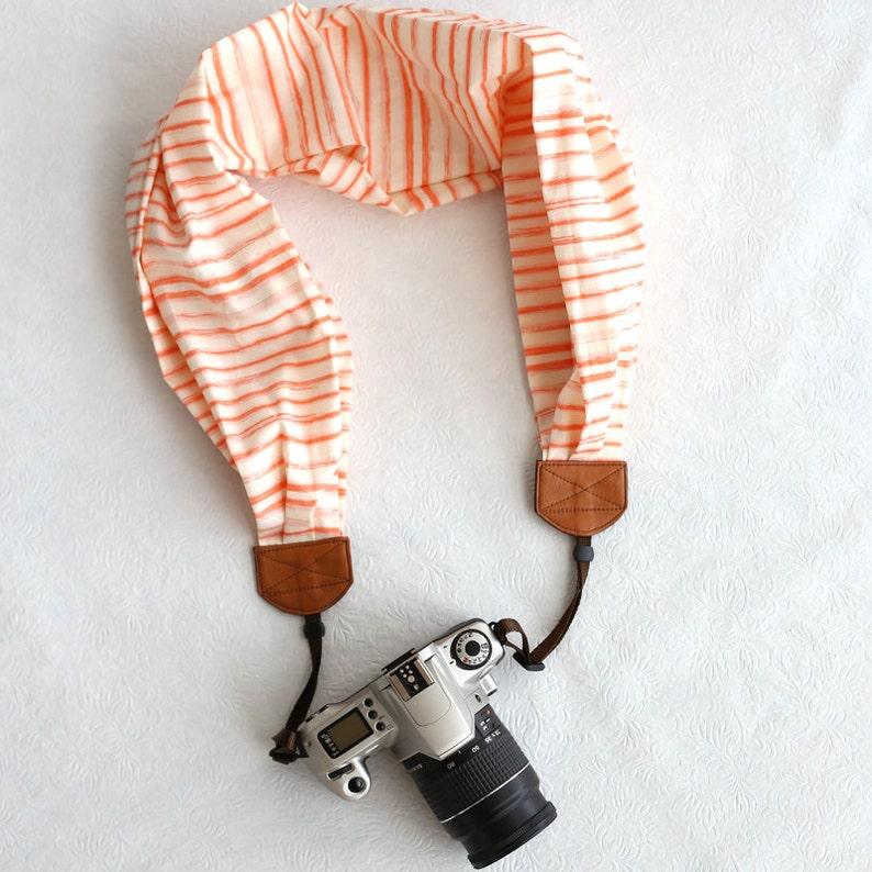BCSCS052 scarf camera strap watercolor stripe peach