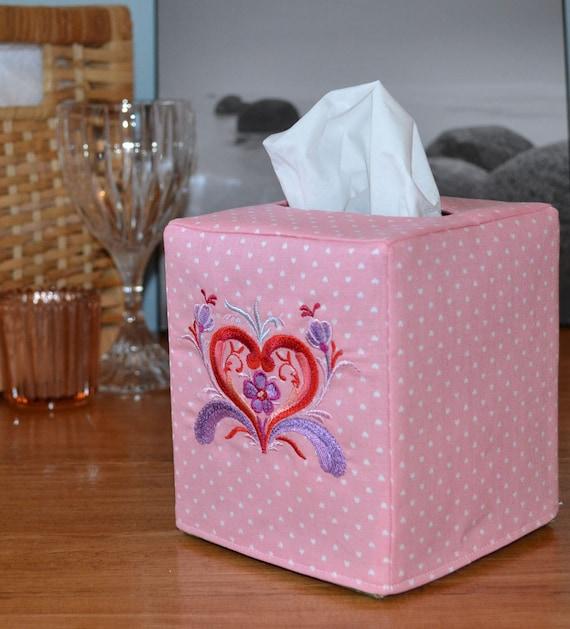 Valentines day fabric tissue holder