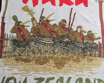 T29 Vintage Kitchen Dish Tea Towel Souvenir New Zealand Kiwi Haka Signed Derek Linen