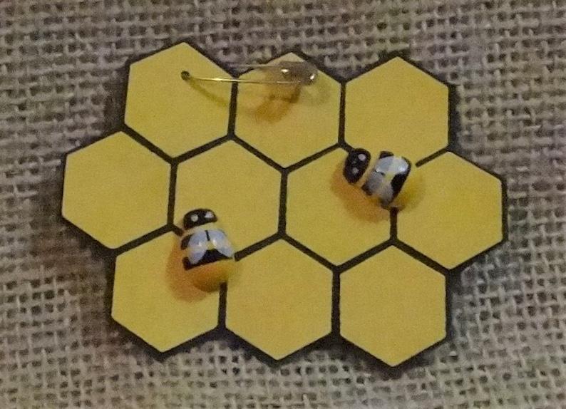 Set of Ten 10 Bee Happy Bees Beehive Honey Honeycomb Scout image 0