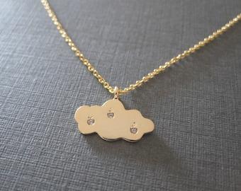 Gold Raindrop Engraved Cloud Necklace