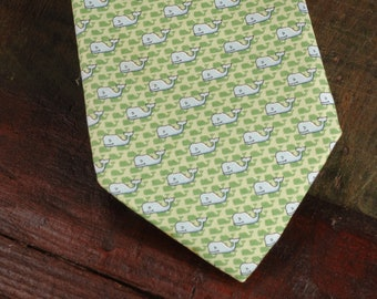Vineyard Vines Silk Tie, Martha's Vineyard