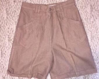 Vintage Women's Mom Shorts Made By Kikomo Size 11/12 Brown
