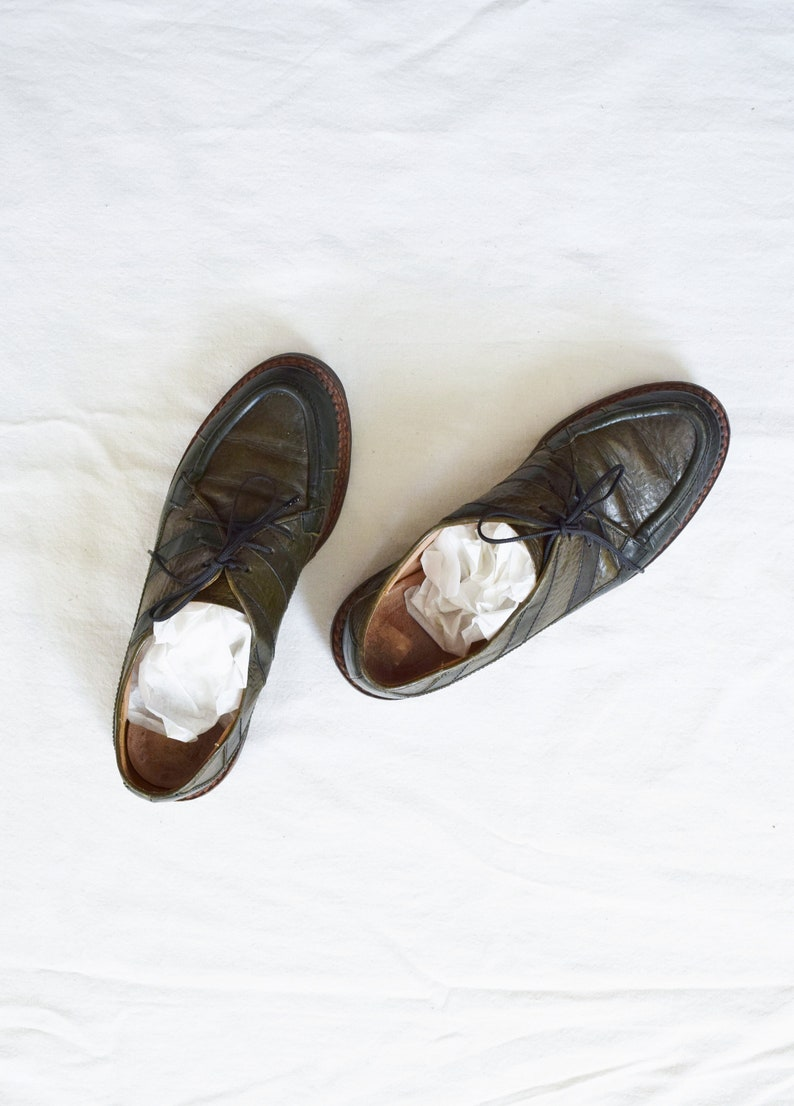 6ab58d97c536d 90s Joan and David Two Tone Green Oxfords   Made in Italy   Approx. size 7