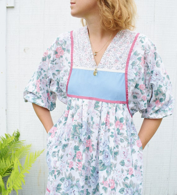 1980s Floral Cotton Balloon Sleeve Dress | Vintage