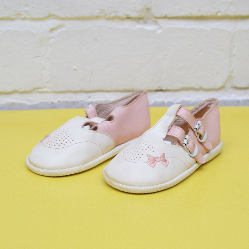 89d7f8510e13c Vintage Toddler Shoes, Size 5 Early Days Shoes, Pastel Pink and White T Bar  Shoes, Girls Size 22 Shoes, 70's Children's Shoes