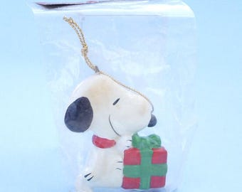 Vintage 1980's Snoopy Ornament Gift box MIP