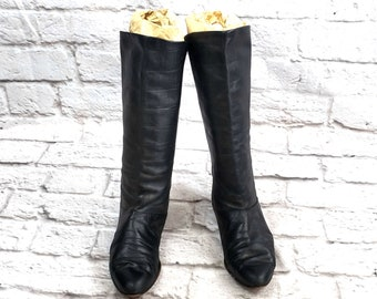 c3a42b2ea69a Vintage Women s Black Leather Boots Size 7