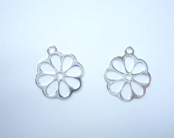 2 pcs Sterling silver, flower charm.  (16x14mm)