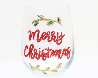 Merry Christmas Wine Glass, Hand Painted Wine Glasses, Wine Glasses With Sayings, Merry Christmas, Christmas Wine Glasses, Calligraphy