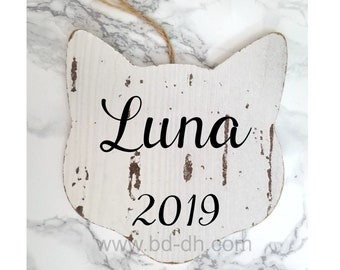 Large Personalized Cat Ornament - Customize with Name and Year