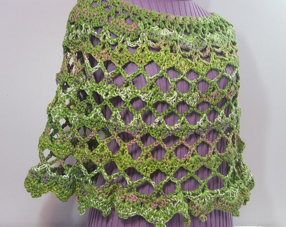 That 70s poncho, retro green poncho, boho chic crochet poncho, crochet caplet, EarthDay crochet poncho