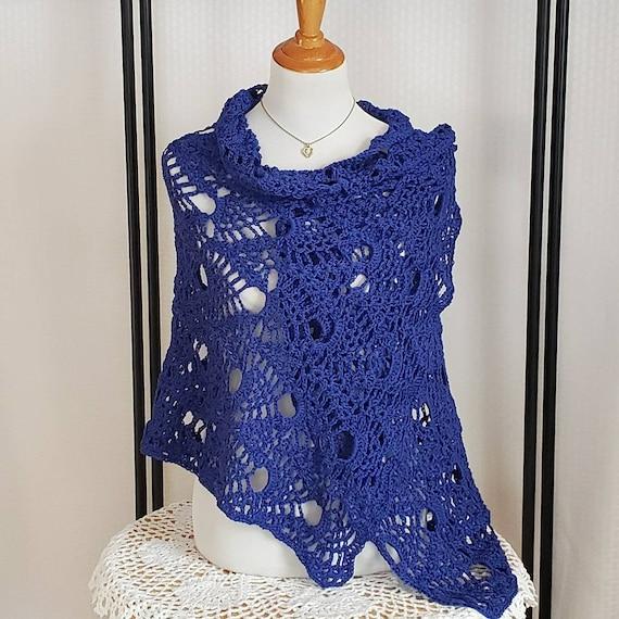 Blue wedding shawl, crochet shawl, bridal accessory, openwork lace shawl, Mothers Day shawl, Victorian lace shawl, pineapple design wrap