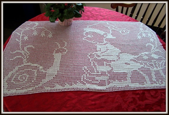 Garden gossip filet crochet table runner - READY TO SHIP