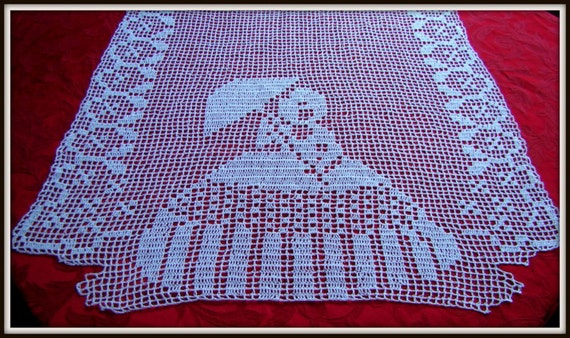 Crinoline Lady filet crochet runner