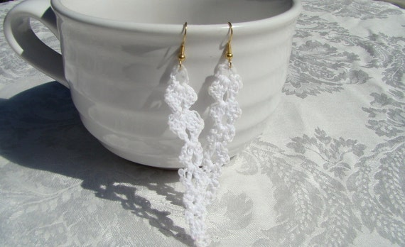 Snow white icicles crochet earrings