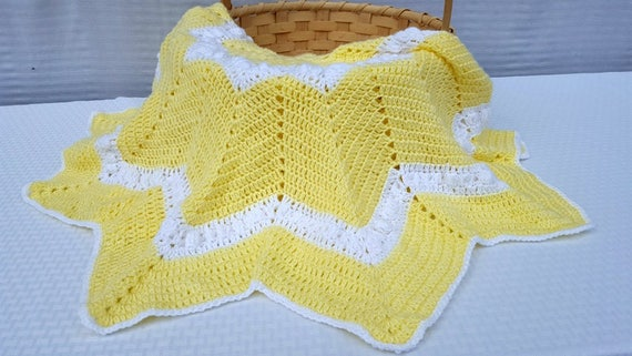 Yellow crochet baby blanket, baby afghan, newborn baby shower gift, baby girl blanket, receiving blanket, stroller blanket, READY TO SHIP