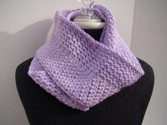 Chunky crochet cowl, infinity scarf, circle scarf, lavender infinity cowl, handmade crochet scarf, orchid handmade scarf