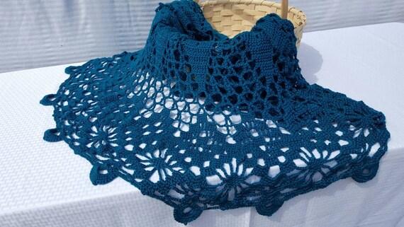 Crochet doily afghan, teal afghan, handmade round afghan, handmade lace bedspread, OOAK heirloom afghan, circular afghan, diamond design