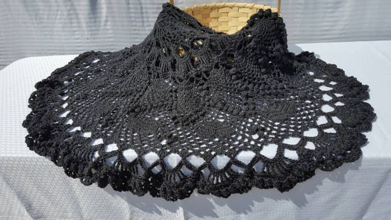Dramatic crocheted queen size dark gray doily afghan, coverlet, popcorn throw