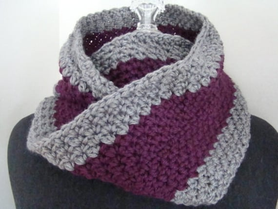 Burgundy and gray crocheted mobius infinity scarf