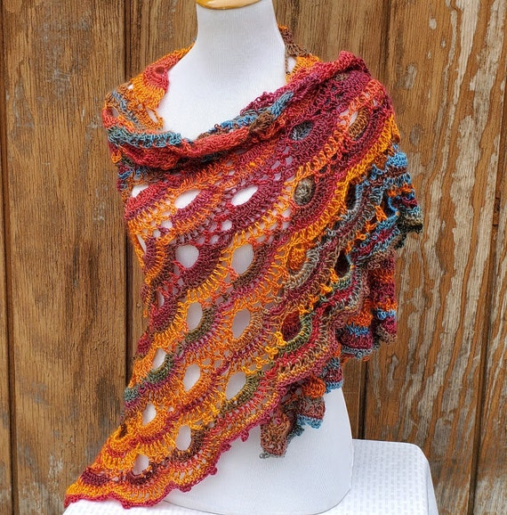 Mexicana inspired crochet shawl wrap, beach wedding, crochet lace shawlette, bridesmaids shawl, boho chic shawl, prom dress shawl