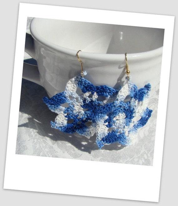 Cool Blue varigated crocheted star earrings