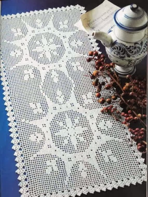 White filet crochet dual spectacular sunbursts table runner - READY TO SHIP