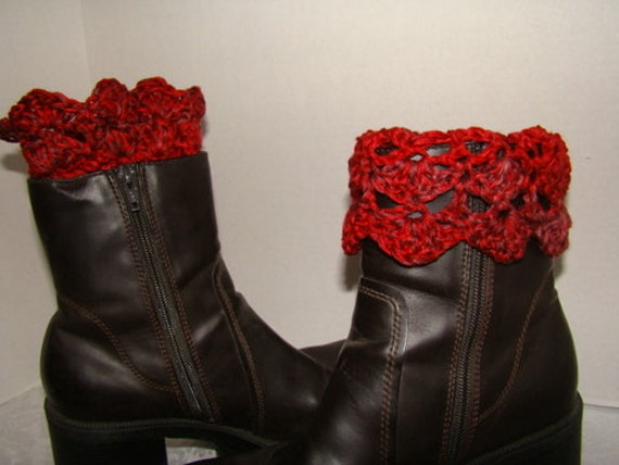 Hand crochet boot cuffs in red and brown with scalloped edging