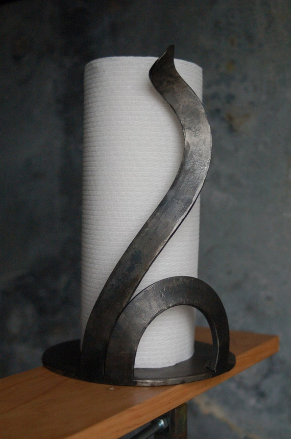 Modern Design Countertop Paper Towel Holder Hammered Metal