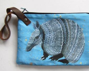 Armadillo Wristlet Zipper Bag